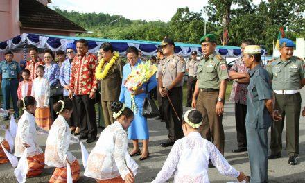Bulan Bhakti Gotong Royong Masyarakat XII Dan Hari Kesatuan Gerak PKK Tingkat Provinsi Maluku Di Kab. Maluku Tengah