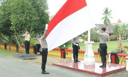 Upacara Dalam Rangka Memperingati Hari Kesadaran Nasional Yang Dilaksanakan Rutin pada Tanggal 17