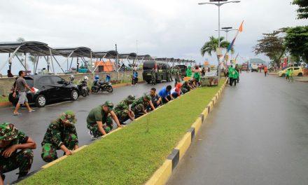 TNI – Pori dan Pemda Kab. Malteng Melaksanakan Bhakti Sosial Dalam Rangka Menyambut Event Tour de Moluccas 2017