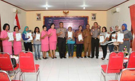 Bhayangkari Cabang Maluku Tengah Mengadakan Serangkaian Kegiatan Bhakti Sosial (Pembuatan Akte Kelahiran Gratis, Donor Darah dan Pemeriksaan IVA)