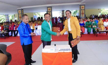 Kapolres Maluku Tengah Menghadiri Upacara HUT Kota Masohi ke 60 sekaligus Penandatanganan MOU oleh Kapolres Maluku Tengah dengan Bupati Maluku Tengah