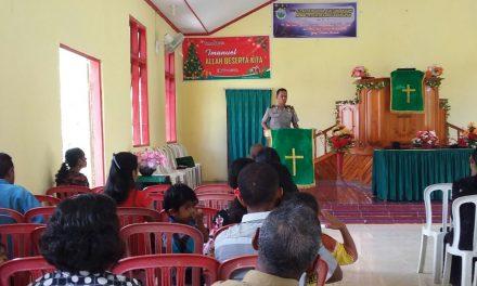 Satuan Binmas Polres Maluku Tengah Sambang Jemaat Waitetes saat Ibadah Minggu
