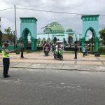 Pengamanan Sholat Jum'at Personil Polres Maluku Tengah
