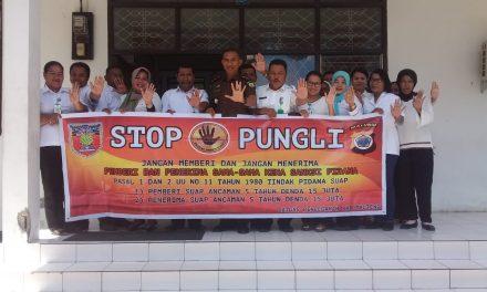 Sosialisasi Tim Satgas Saber Pungli Kabupaten Maluku Tengah di Kantor Dinas Lingkungan Hidup
