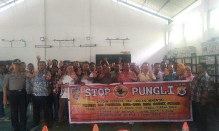 Sosialisasi Tim Satgas Saber Pungli Kabupaten Maluku Tengah di Kantor Dinas PUPR Kabupaten Maluku Tengah
