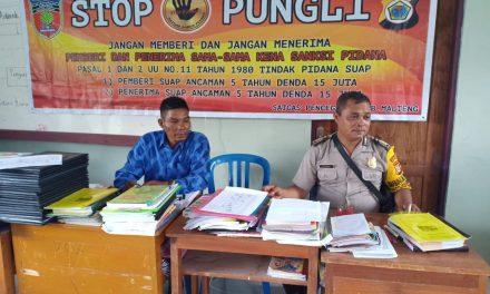 Sosialisasi Saber Pungli, Bhabinkamtibmas Desa Kobisadar di SMP Negeri 2 Kecamatan Seram Utara Timur Kobi