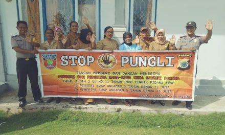 Sosialisasi Saber Pungli, Personil Polsek Seram Utara Barat di Kantor Puskesmas Perawatan Pasanea Kecamatan Seram Utara Barat