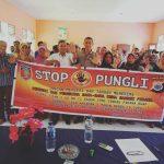 Tim Pencegahan Saber Pungli Kabupaten Maluku Tengah Sosialisasi, di Sekolah SMA Negeri 2 Seram Utara di Desa Makalah Kecamatan Seram Utara